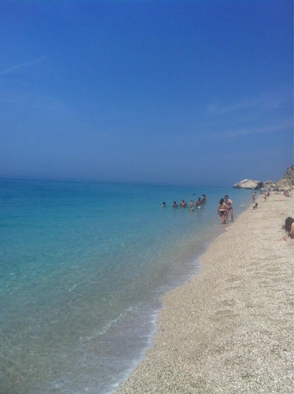 Στην παραλία κάνει Πάσχα ΟΛΗ η ελληνική showbiz! ΔΕΙΤΕ Στικούδη ... a171ed3c556