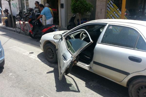Χανιά: Σύγκρουση αυτοκινήτων στην Ελευθερίου Βενιζέλου
