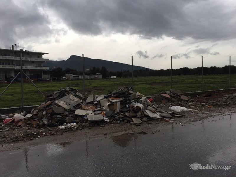 Χανιά: Ασυνείδητοι πετούν μπάζα και σκουπίδια όπου βρουν