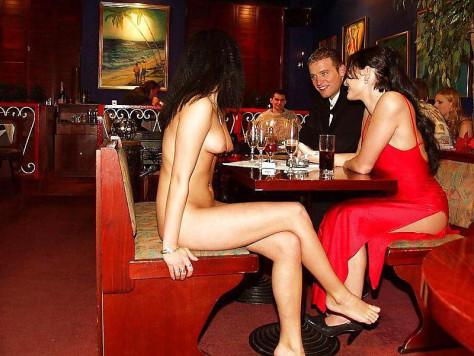 Εστιατόριο γυμνιστών: 30.000 άτομα στη λίστα αναμονής