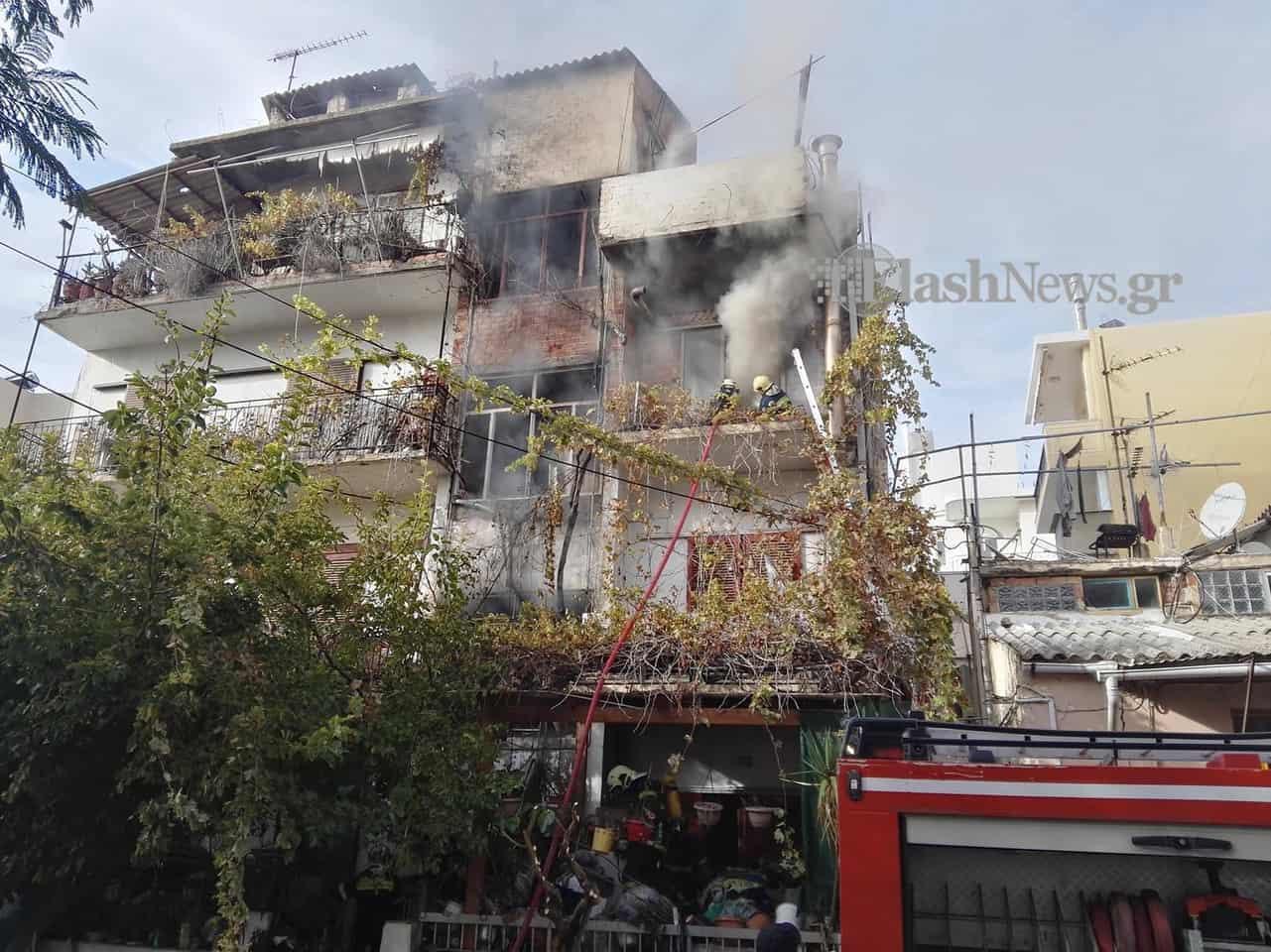 Φωτιά σε σπίτι στην περιοχή της Νέας Χώρας στα Χανιά (φωτο)