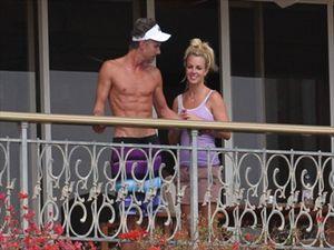 Η Britney Spears ξαναπροσέλαβε τον αγαπημένο της!