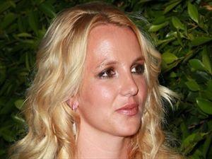 Πνευματικά ανίκανη η Britney Spears