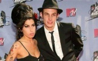 Σε κώμα ο πρώην σύντροφος της Amy Winehouse