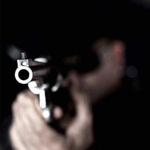 Πυροβόλησαν 18χρονο στην Επισκοπή τα ξημερώματα