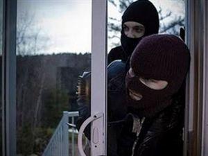"""Εξαρθρώθηκε εγκληματική ομάδα που είχε """"ρημάξει"""" σπίτια στην περιοχή των Χανίων"""