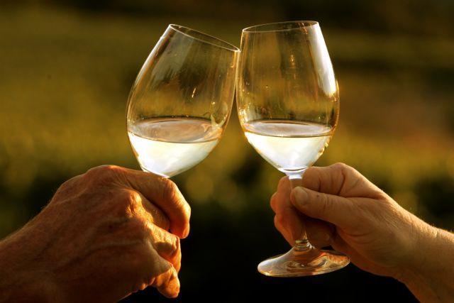 Μικρά μυστικά για να απολαύσετε με ασφάλεια το αλκοόλ
