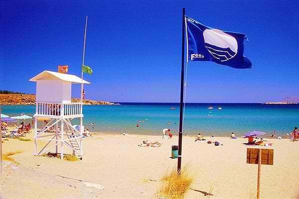 88 Γαλάζιες σημαίες για το 2013 στην Κρήτη - 20 στα Χανιά με αφαίρεση 6 σημαιών