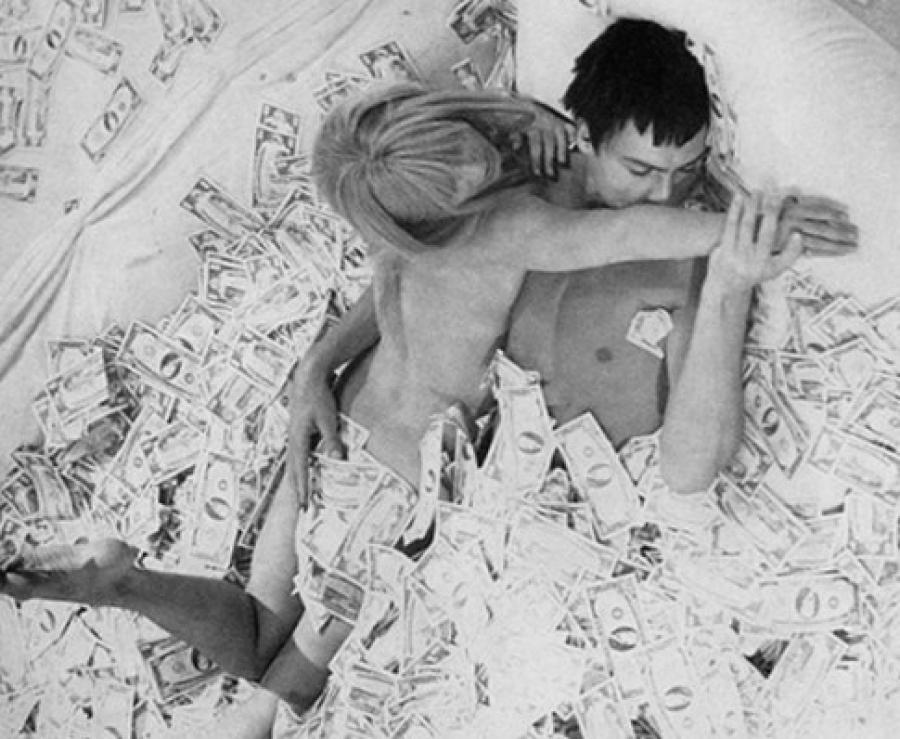 Έρευνα Sex: Περισσότερο σεξ, μεγαλύτερο εισόδημα!