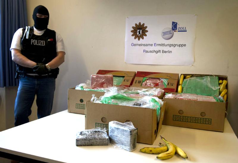 Απίστευτο: Τεράστιες ποσότητες κοκαΐνης στα ράφια των LIDL από λάθος των εμπόρων ναρκωτικών (φωτό)