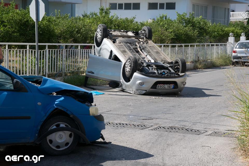 Ανετράπη αυτοκίνητο