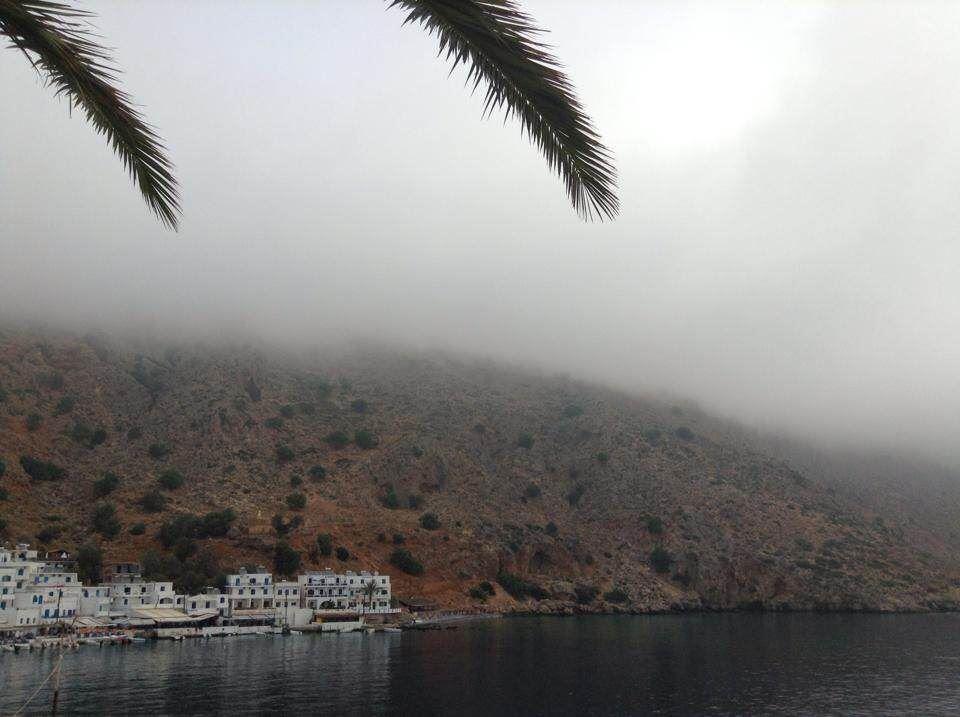 Πυκνή ομίχλη κάλυψε όλα τα Σφακιά (φωτο)