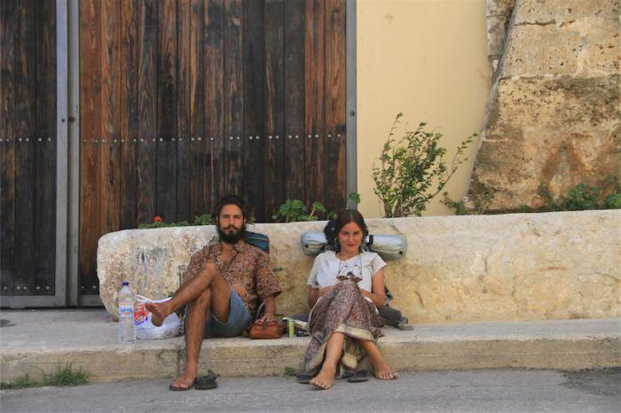 Ήρθαν στα Χανιά για να γυρίσουν ντοκιμαντέρ και τους έκλεψαν! - Έκκληση για βοήθεια
