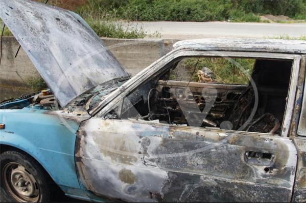 Στις φλόγες τυλίχτηκε αυτοκίνητο στην εθνική οδό