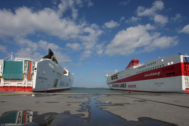 Κρήτη: Βρέφος με πρόβλημα υγείας ανάγκασε το πλοίο να επιστρέψει στο λιμάνι