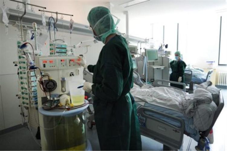 Χανιά: Γυναίκα στην εντατική μετά από πτώση από μπαλκόνι