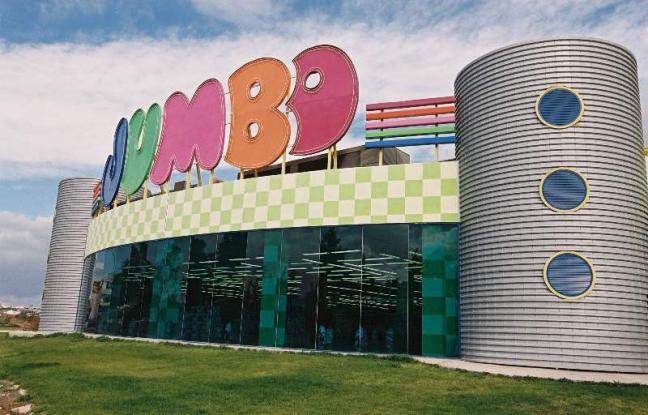 Σε σούπερ μάρκετ μετατρέπονται τα Jumbo