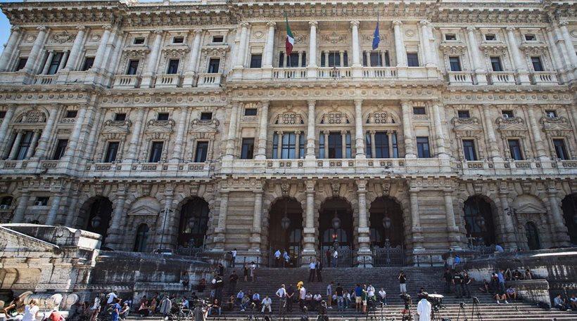 Ιταλία: Ο αυνανισμός σε δημόσιους χώρους δεν συνιστά ποινικό αδίκημα