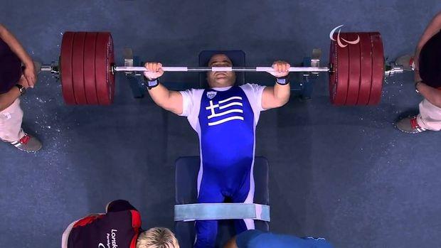 Λιοντάρι ο Μάμαλος, χρυσό μετάλλιο στα -107 κιλά!