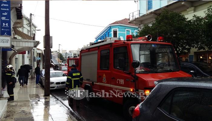 Καπνοί σε κατάστημα στο κέντρο των Χανίων κινητοποίησαν την Πυροσβεστική