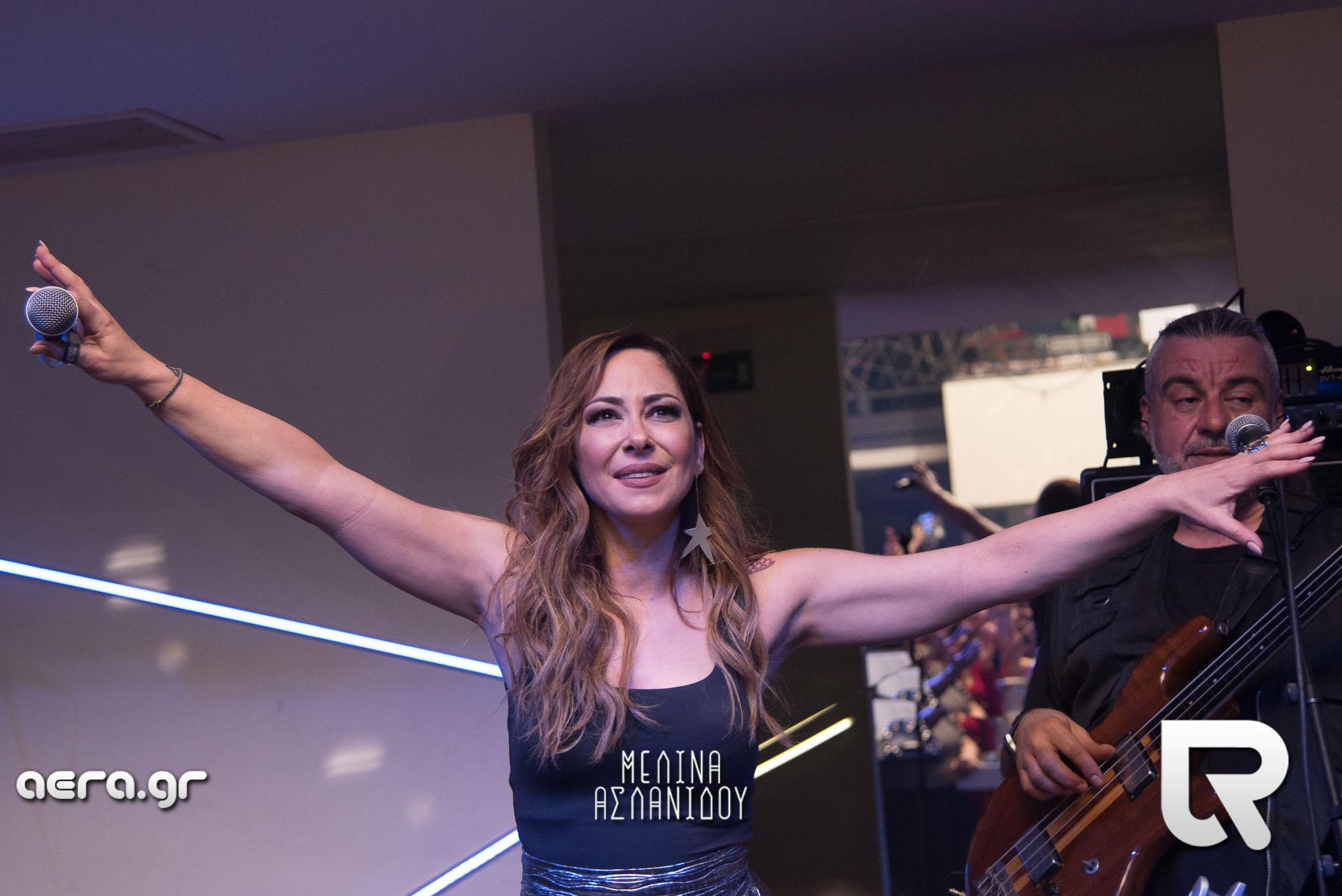 Η Μελίνα Ασλανίδου μας χάρισε μια μοναδική συναυλία στα Χανιά (φωτο + video)