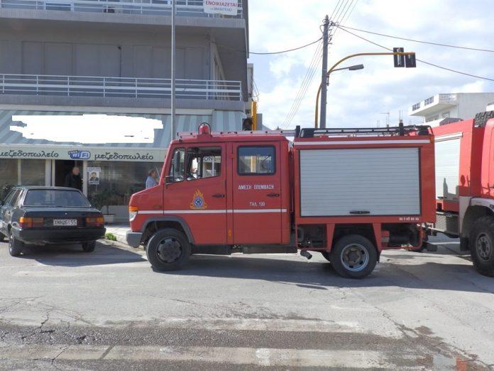Χανιά: Φωτιά σε μεζεδοπωλείο επί της οδού Κισσάμου (Photos)