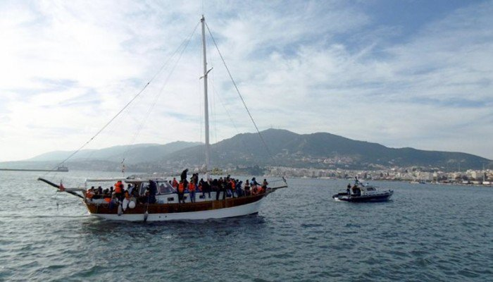 Ιστιοπλοϊκό με μετανάστες εντοπίστηκε ανοιχτά των Χανίων