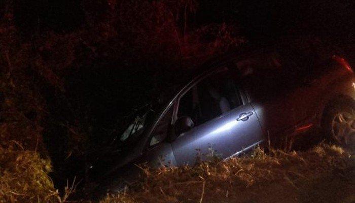 Χανιά: Τροχαίο ατύχημα στους Αρμένους-Αυτοκίνητο κατέληξε σε χαντάκι (φωτό)