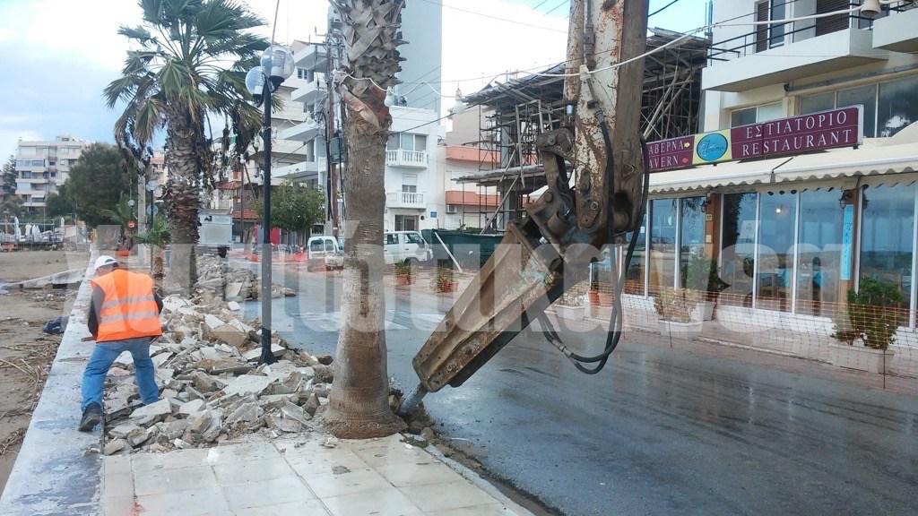 Χανιά: Ξεκίνησε η ανάπλαση της Ακτής Παπανικολή (φωτο)
