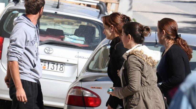 Κρήτη: Η 26χρονη που δολοφόνησε τον γείτονά της είχε αφεθεί ελεύθερη λίγες ώρες πριν