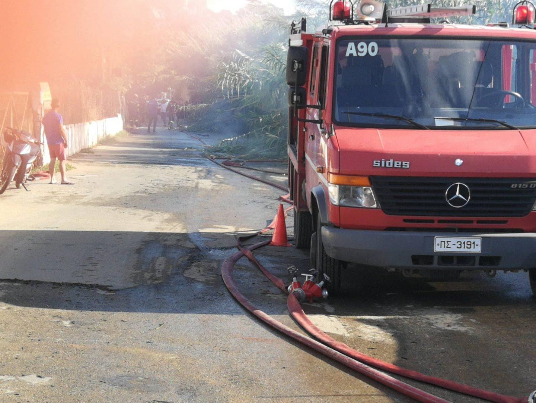 Μεγάλη φωτιά στα Χανιά - Απειλήθηκαν σπίτια στην Χρυσή Ακτή (φωτο)