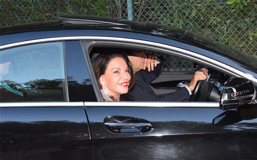 Αντώνης Ρέμος - Υβόννη Μπόσνιακ: Δείτε φωτογραφίες από το γάμο της χρονιάς