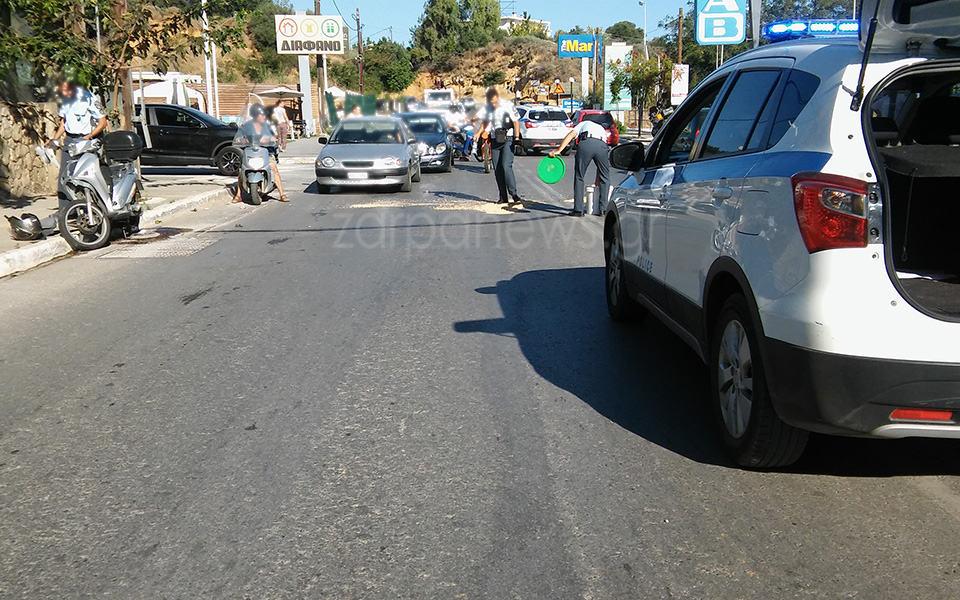 Τροχαίο με το… καλημέρα στα Χανιά Στο νοσοκομείο οδηγός μηχανακιού μετά από σύγκρουση με Ι.Χ.(Photos)