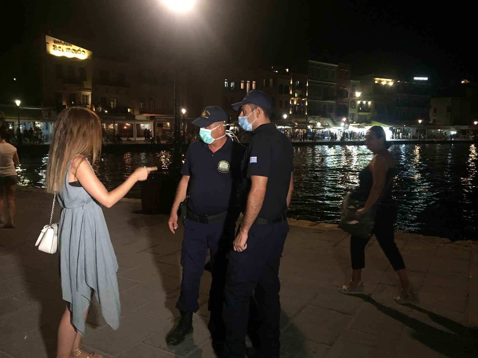 Χανιά: Έκλεισαν τα μεσάνυχτα μπαρ και εστιατόρια - Πως αντέδρασε ο κόσμος