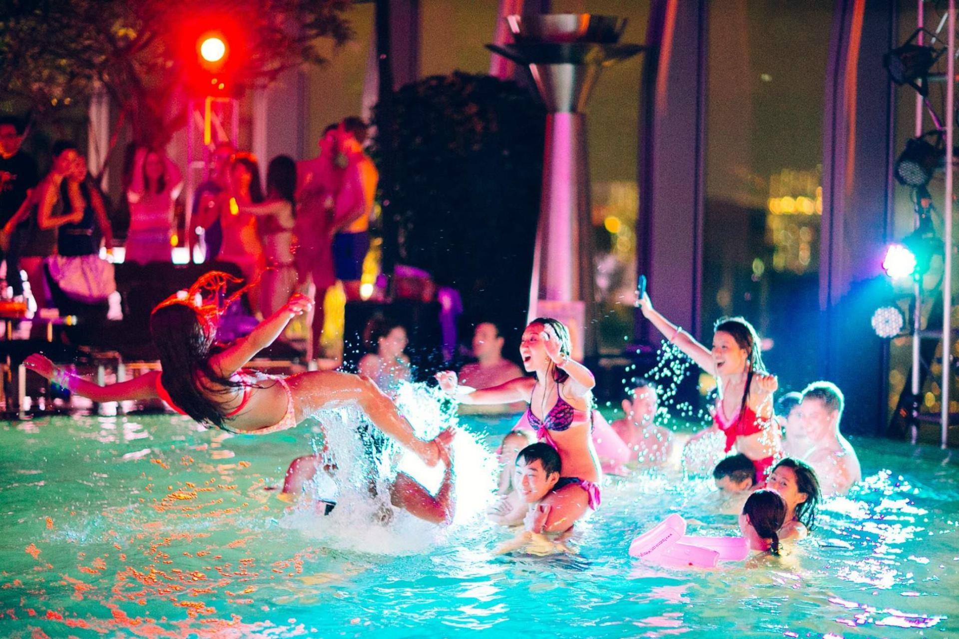 Χανιά: Νέο λουκέτο σε επιχείρηση που διοργάνωσε pool party