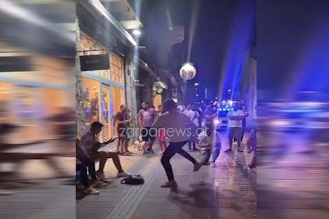 Χανιά: Το 'ριξαν στις… ζεμπεκιές μετά το κλείσιμο των μαγαζιών (video)