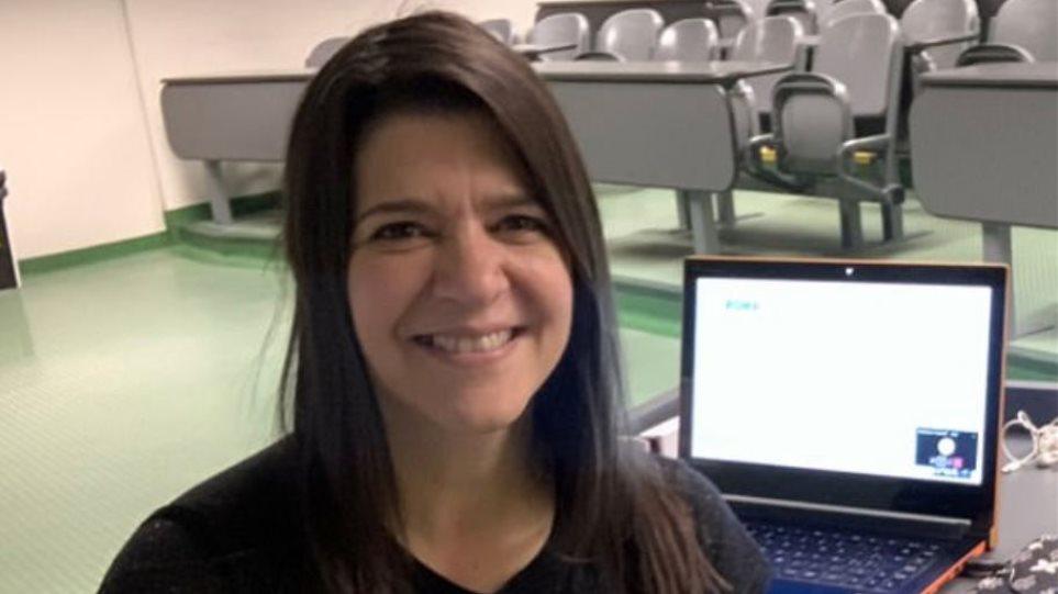 46χρονη αθηγήτρια με κορωνοϊό πέθανε ενώ έκανε διάλεξη live (video)