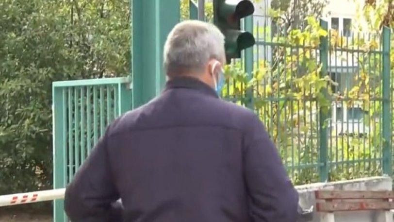 Ασθενής με κορωνοϊό βγήκε από το νοσοκομείο για να φάει! (video)