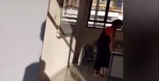 Σάλος με καθηγήτρια που αρνείται να φορέσει μάσκα και «απαντά» με απουσίες (video)