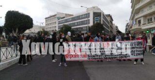 Χανιά: Πορεία ενάντια στον εκπαιδευτικό νόμο (φωτο)